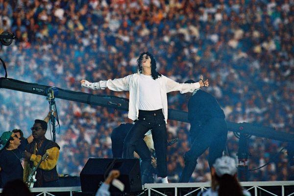 10 odmevnih škandalov v zgodovini rock in pop glasbe