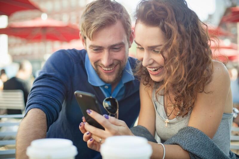 12 brezplačnih aplikacij, ki so trenutno v Sloveniji noro popularne