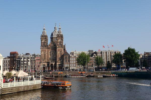 36-urni pobeg: Amsterdam