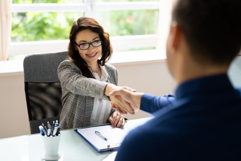 4 podatki, ki jih iz življenjepisa raje izpustite