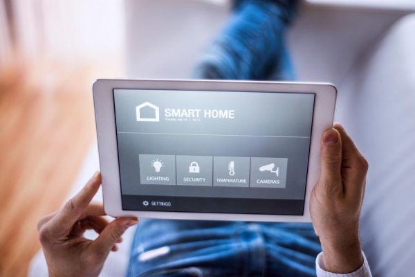 4 razlogi, zakaj je čas, da začnete živeti v pametnem domu