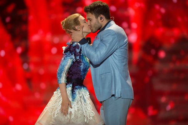 5 nepozabnih evrovizijskih poljubov
