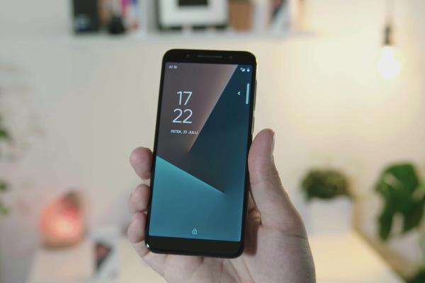 A1 Smart N9 ne bo naredil luknje v vašem žepu