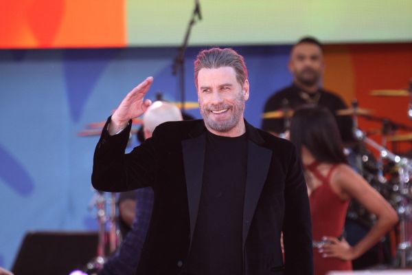 John Travolta znova kot Danny - na koncertu Foo Fighters!