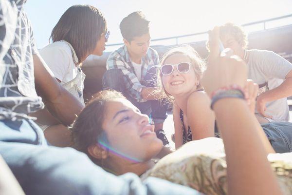Kaj so odkrili starši, katerih otroci so aktivni na čedalje popularnejši platformi TikTok