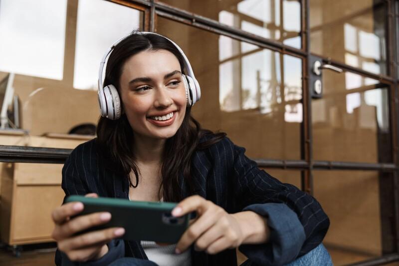 Kaj vaš priljubljeni način poslušanja glasbe pove o vas