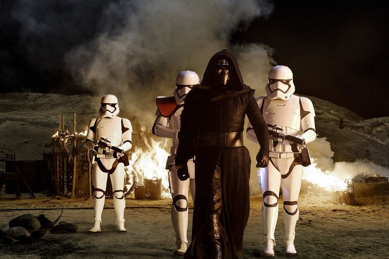 Kaj vse se pod Disneyjevim lastništvom dogaja z Vojnami zvezd