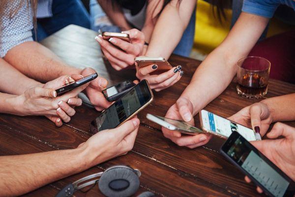 Kako tehnološka elita svojim otrokom omejuje uporabo pametnih telefonov