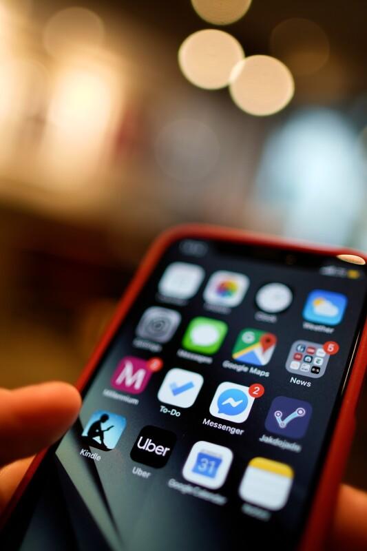 Kupujete nov iPhone? Morda še ne veste za to čudovito alternativo!