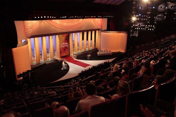 Med festivalom v Cannesu si privoščimo nekaj dokumentarcev o zgodovini filma