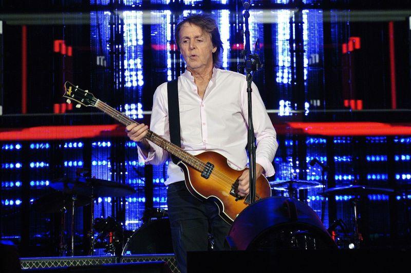 Pestro medijsko življenje Paula McCartneyja