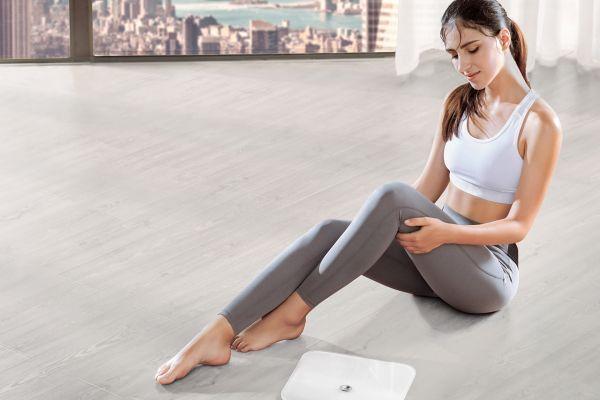 Pogumno smo stopili na tehtnico Huawei Body Fat Scale