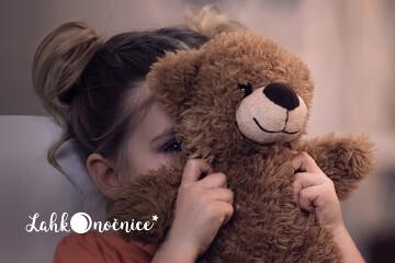 Prisluhnite seriji pravljic o otroških strahovih