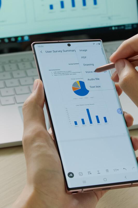 S čim je Samsung Galaxy Note20 Ultra navdušil Applovega privrženca