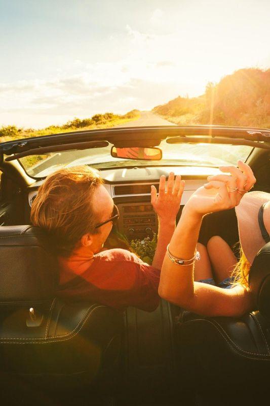 S katero glasbo boste vozili pazljivo in elegantno, s katero pa nevarno