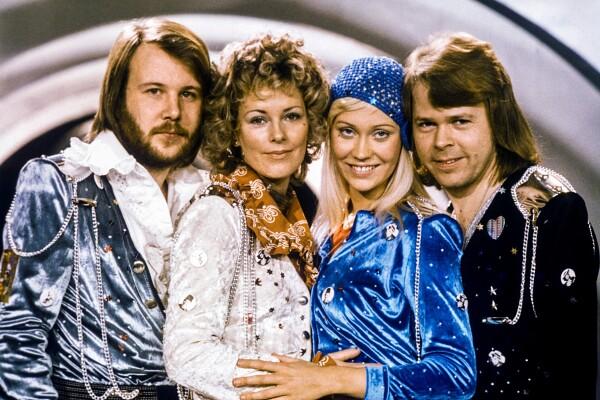 Seveda hočete slišati, kako se po 40 letih sliši ABBA