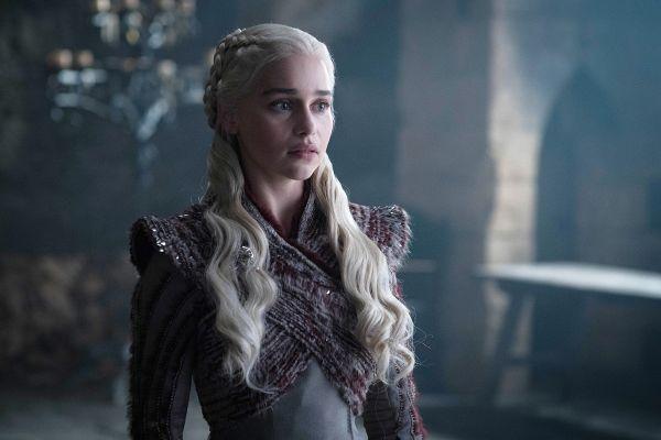 Teorija o nori kraljici – kaj pa, če je Daenerys Targaryen antagonistka zadnje sezone?