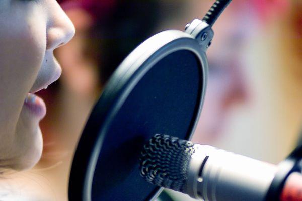 Tuji in domači podkasti, ki jih ne smete preslišati