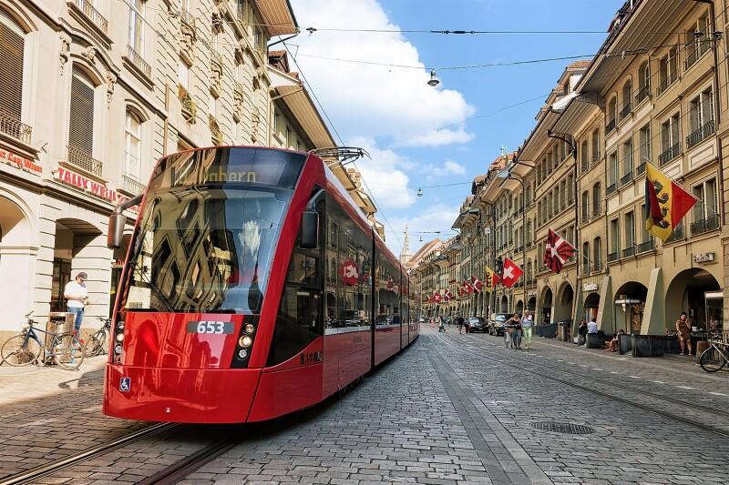Utrinki s sprehoda po švicarskem Bernu