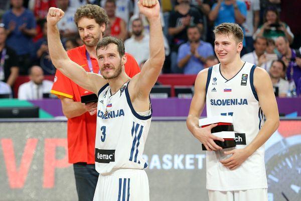 Za koga boste navijali v velikem boju med Dončićem in Dragićem?